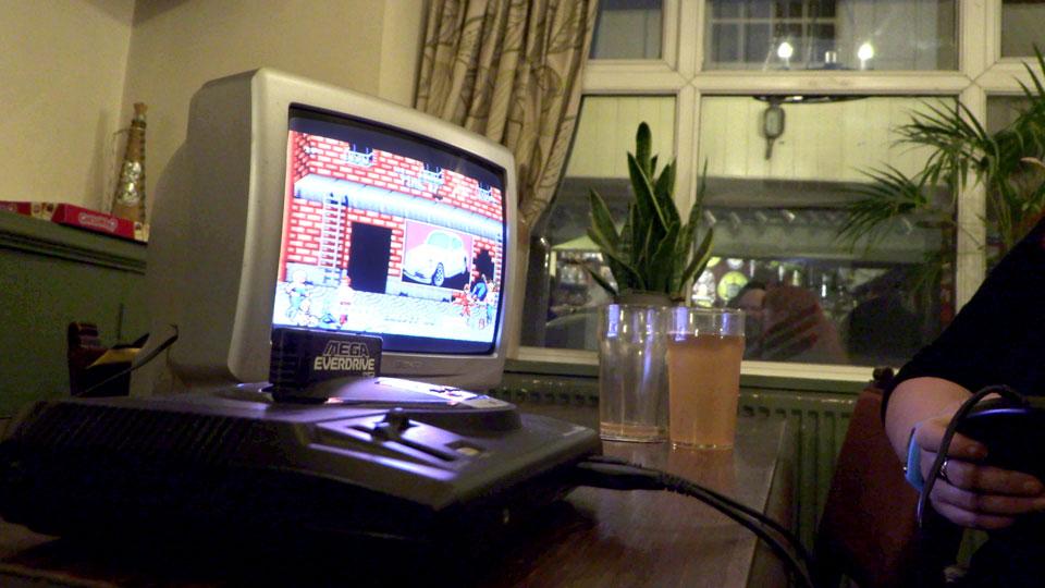 Playing Double Dragon on a Sega Mega Drive, using an Everdrive cartridge